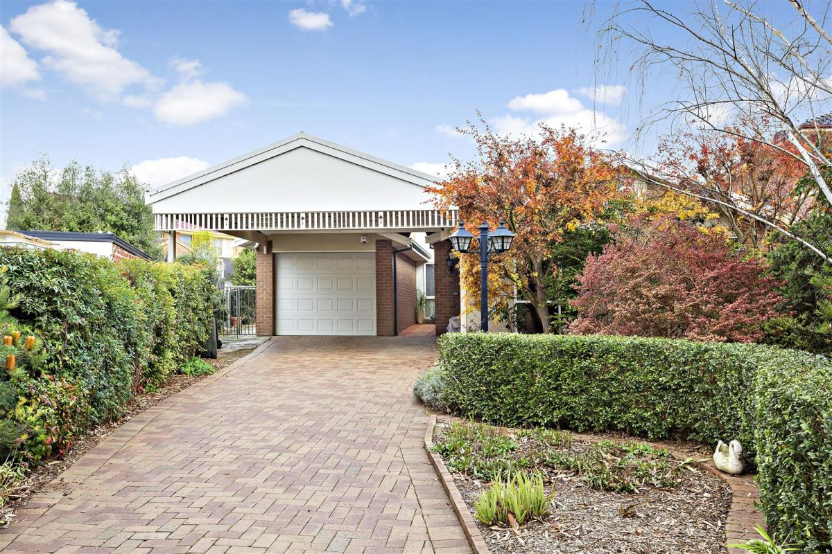 4-maldon-court-wheelers-hill-3150-vic