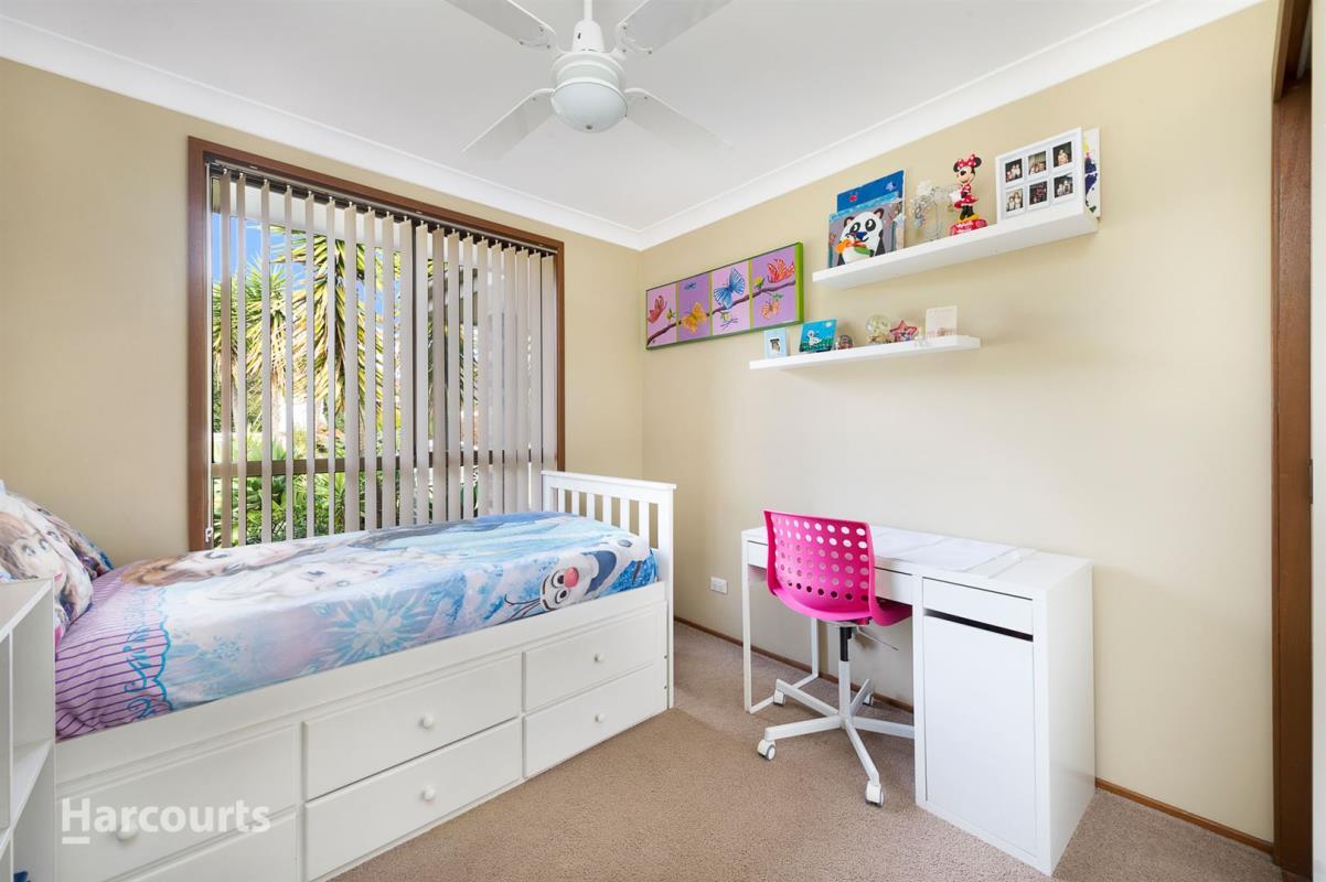 8 Churnwood Place, Albion Park Rail 2527, New South Wales Australia