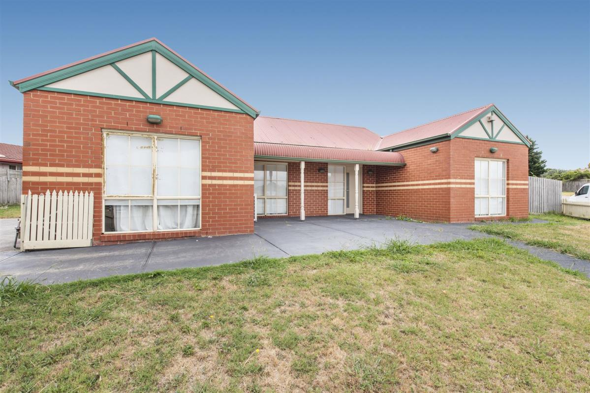 18-amberly-park-drive-narre-warren-south-3805-vic