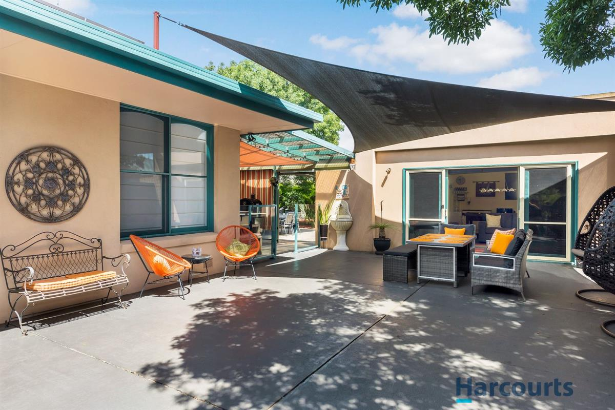112-rosslyn-ave-seaford-3198-vic