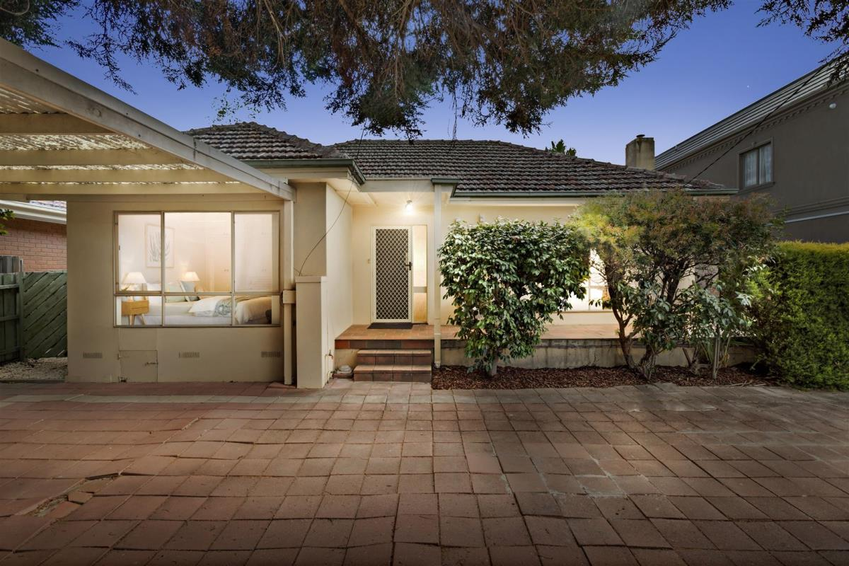1-19-lincoln-avenue-glen-waverley-3150-vic