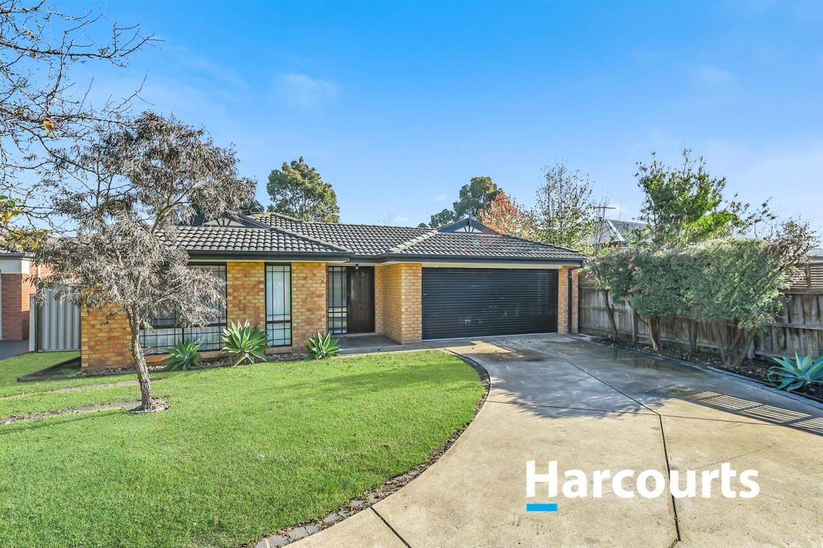 8-essex-court-cranbourne-east-3977-vic