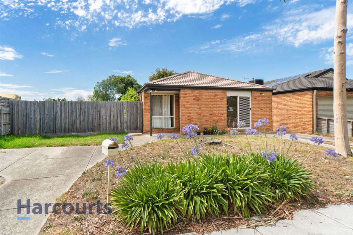 61-fairhaven-boulevard-cranbourne-west-3977-vic