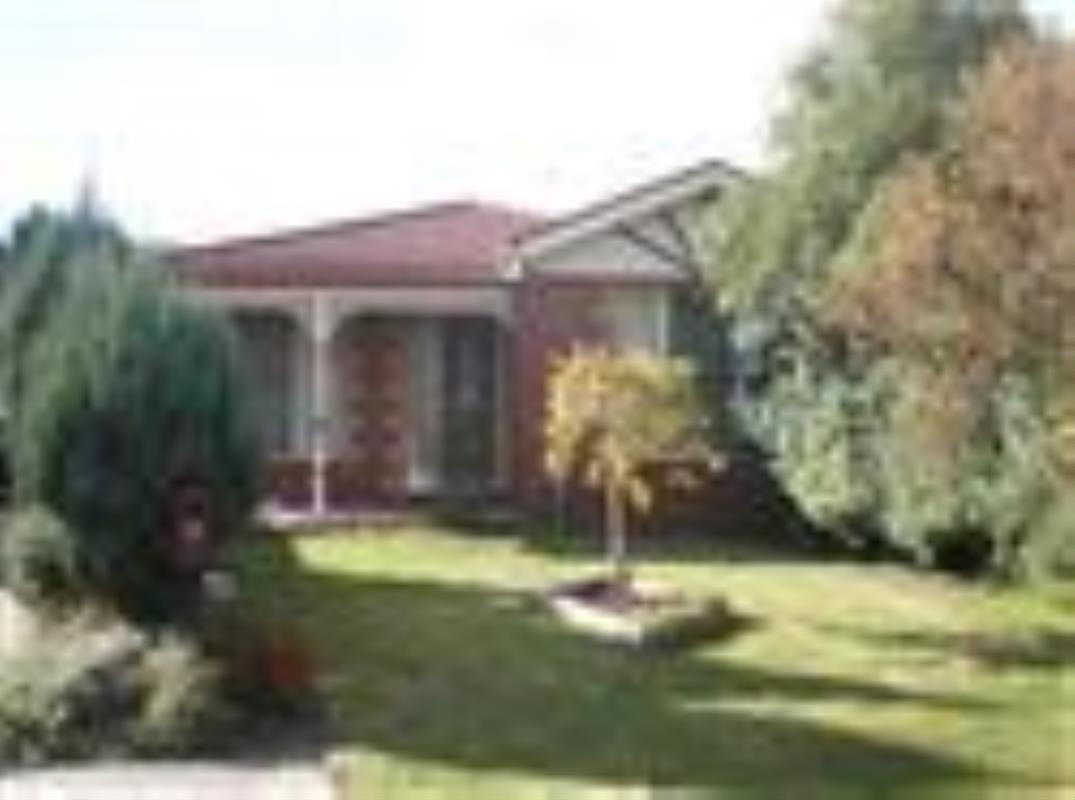 2-mirrabook-court-berwick-3806-vic