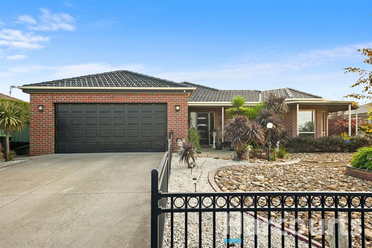 113-howe-street-miners-rest-3352-vic