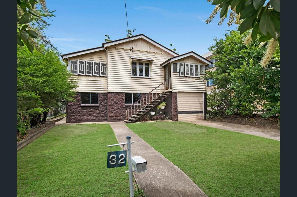 32-swain-st-holland-park-west-4121-qld