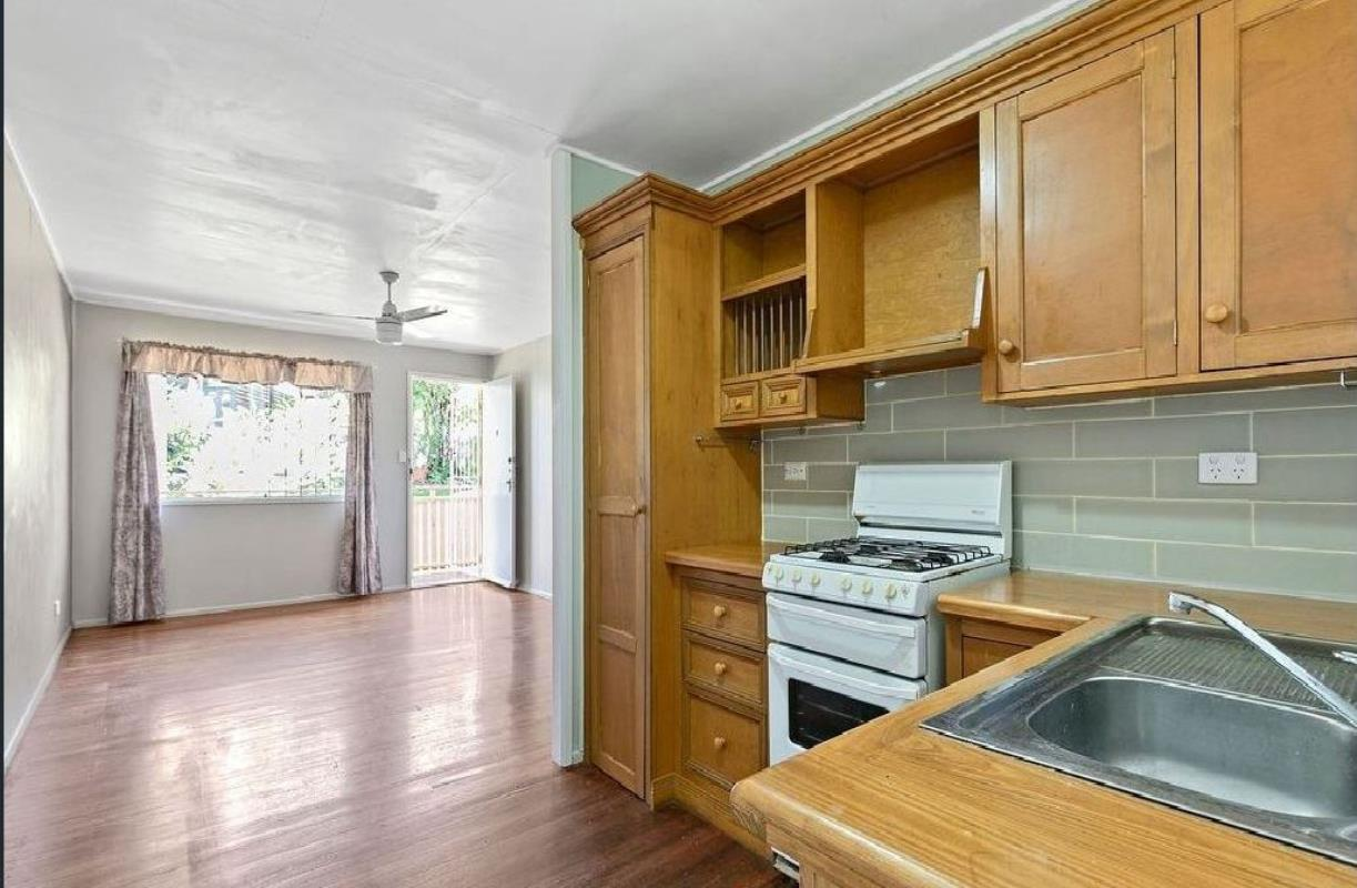 2-310-bennetts-road-norman-park-4170-qld