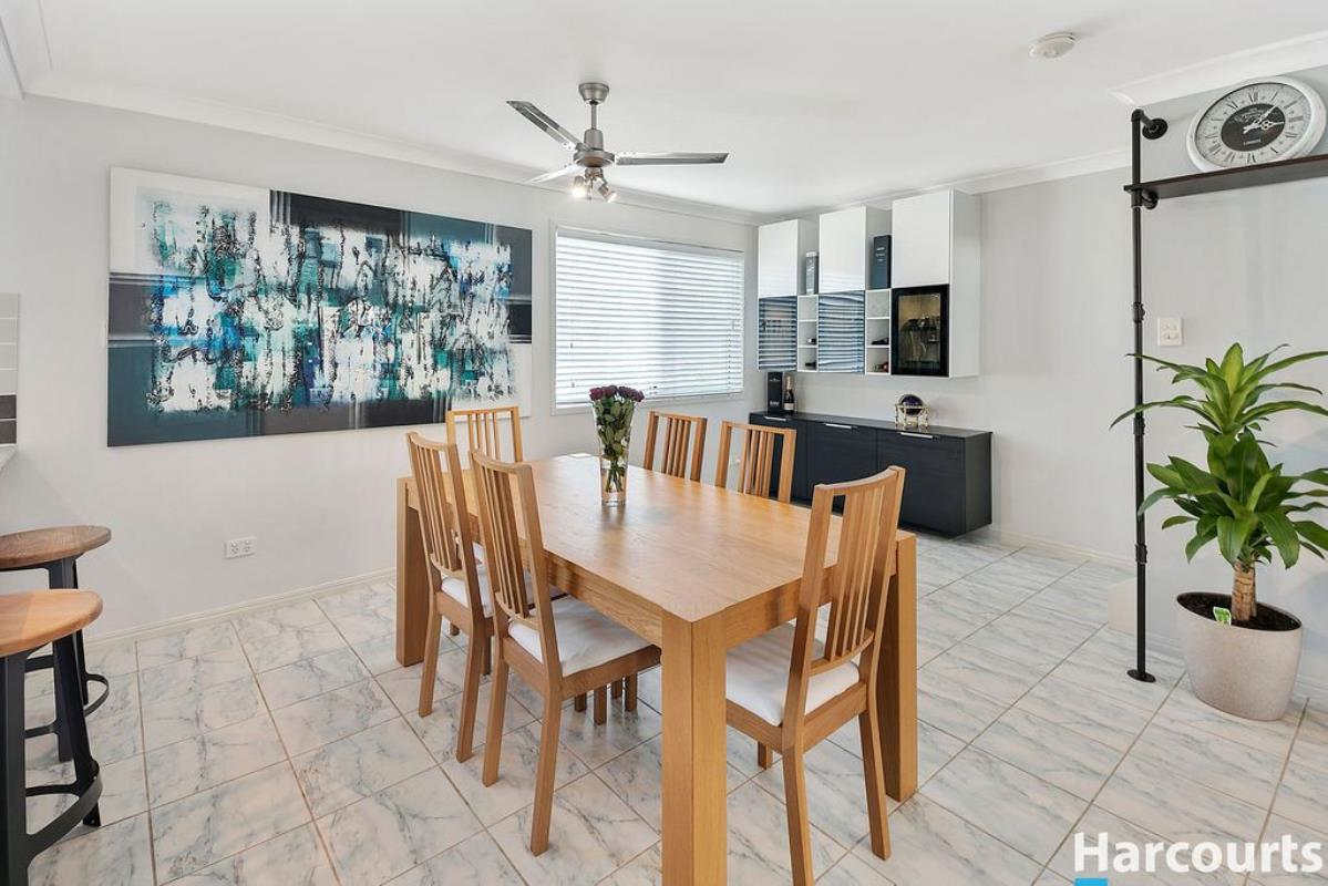 9-28-hill-crescent-carina-heights-4152-qld